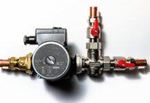 Dispozitiv cu pompa de circulatie pentru sisteme de incalzire. Principiul de functionare al pompei de circulatie